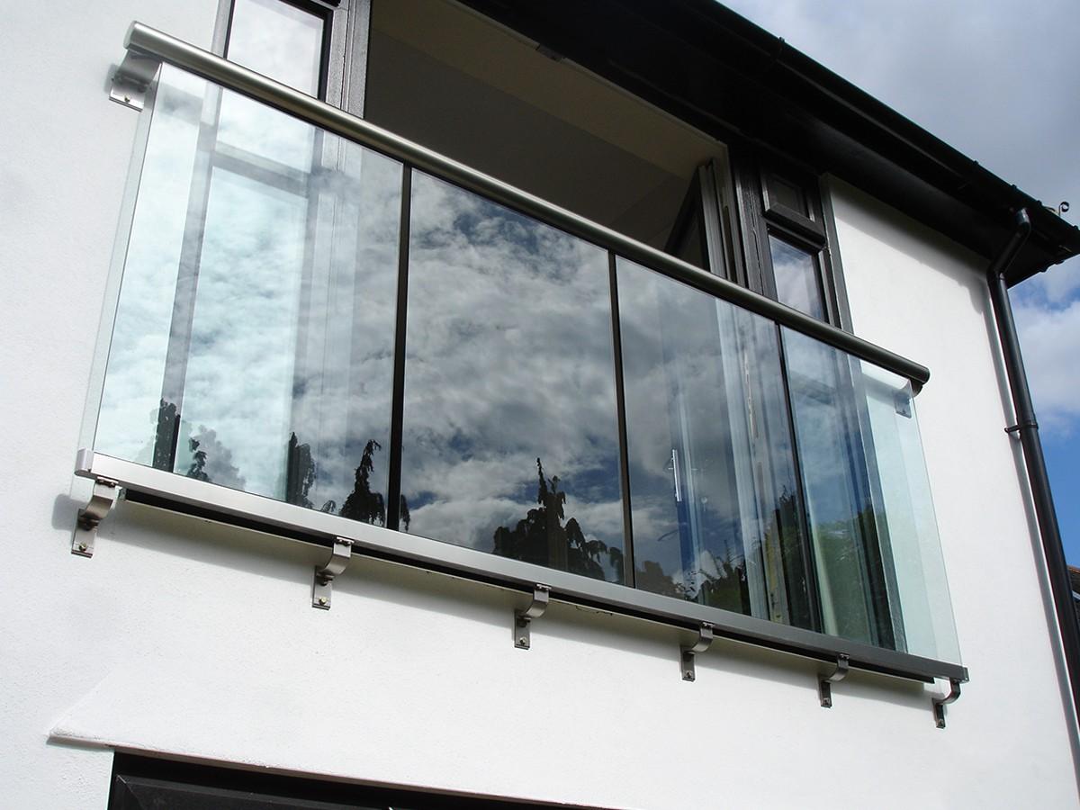 Балконные ограждения: варианты дизайна и методы воплощения p.
