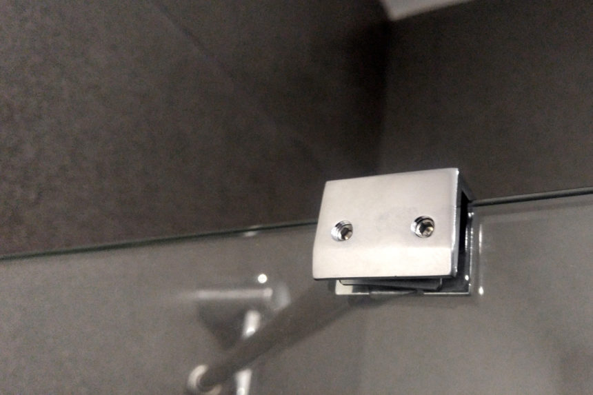 угловая перегородка на ванную