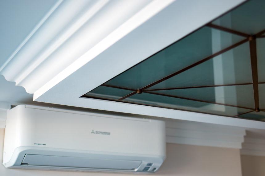Элемент крепления стеклянного потолка