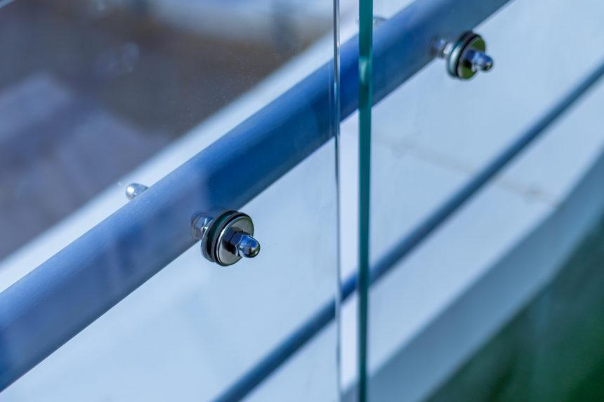Коннектор стекла