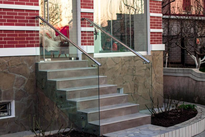 для ограждения лестницы на террасу