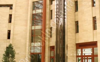 лифт из закаленного стекла