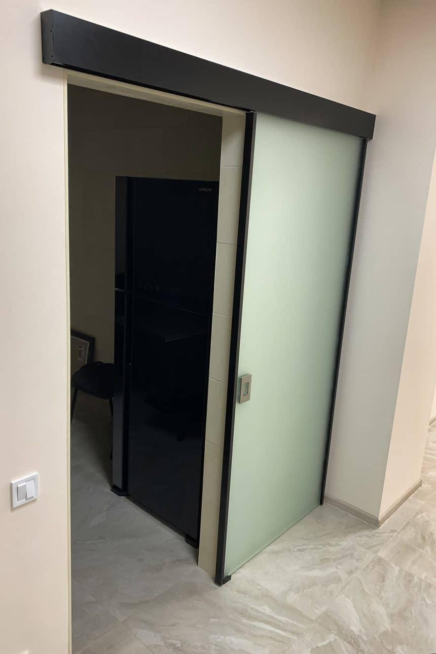 стеклянная дверь Лофт