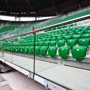 Стеклянное ограждение стадиона в Польше