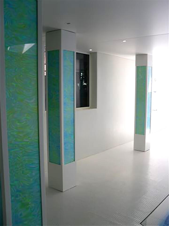 декоративная стеклянная колонна