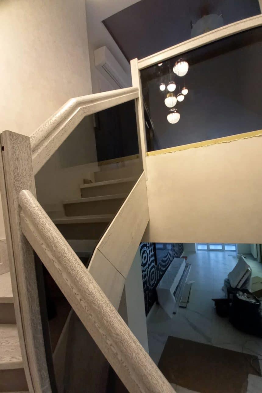 ограждение на лестнице
