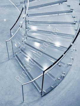 лестница из каленного стекла