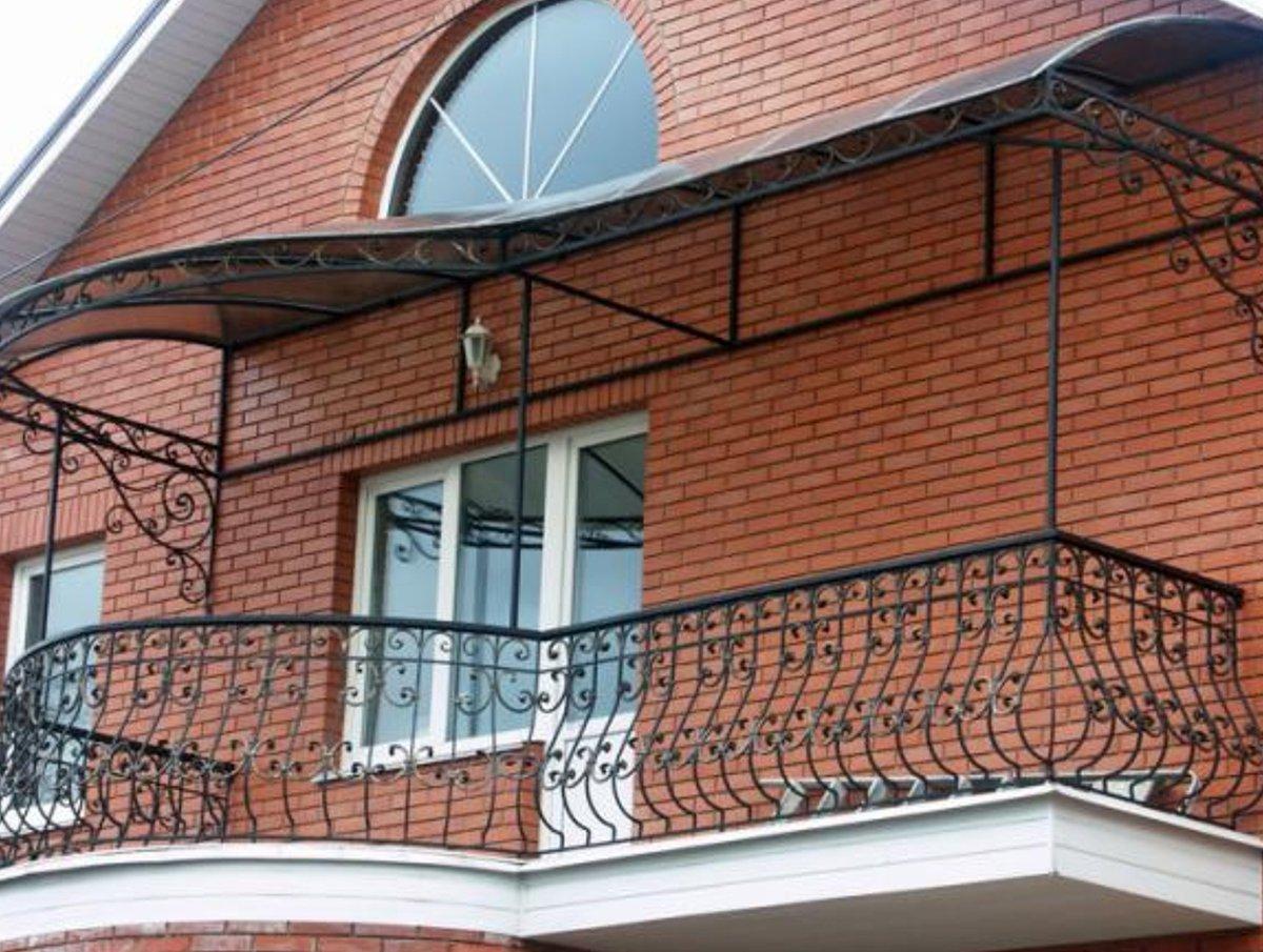 Французский балкон частного дома фото..