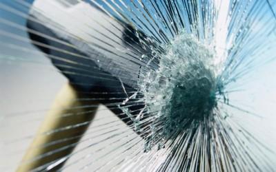 Защищенные стеклянные раздвижные перегородки
