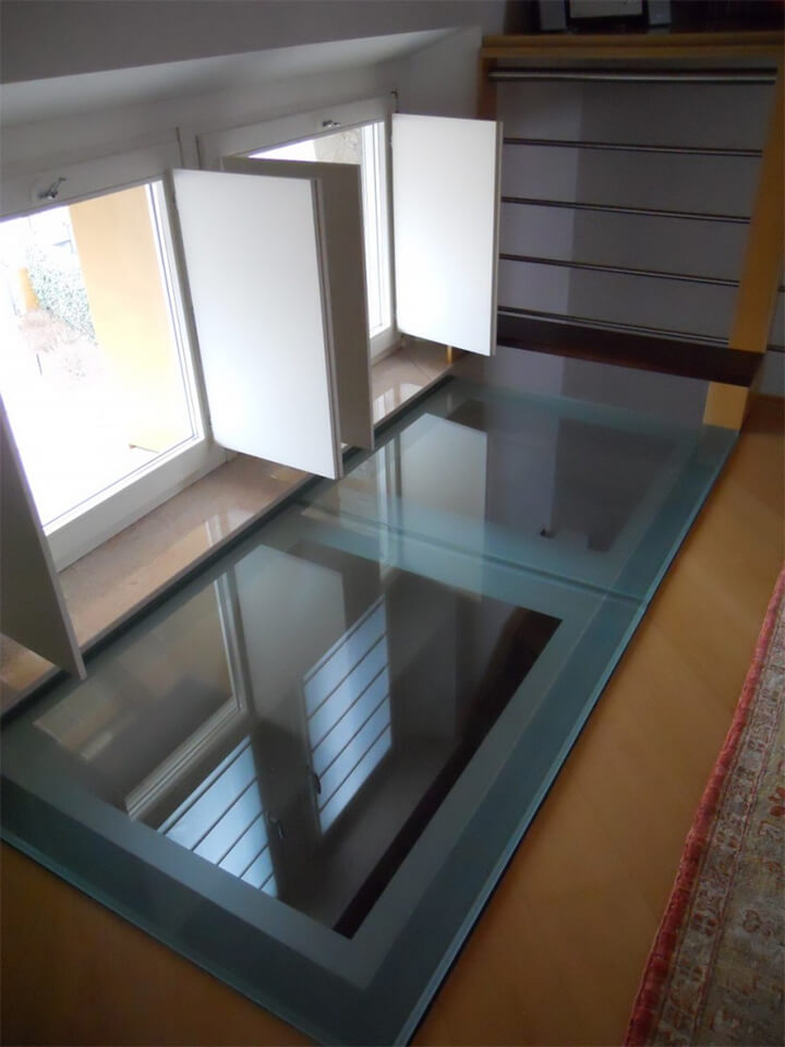 пол потолок из стекла