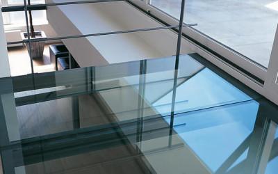 потолок пол стеклянный