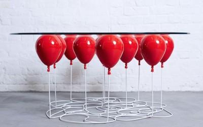 стеклянный столик с шариками